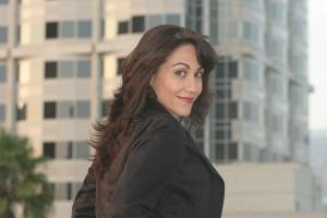 Carolyn Scott-Hamilton, The Healthy Voyager