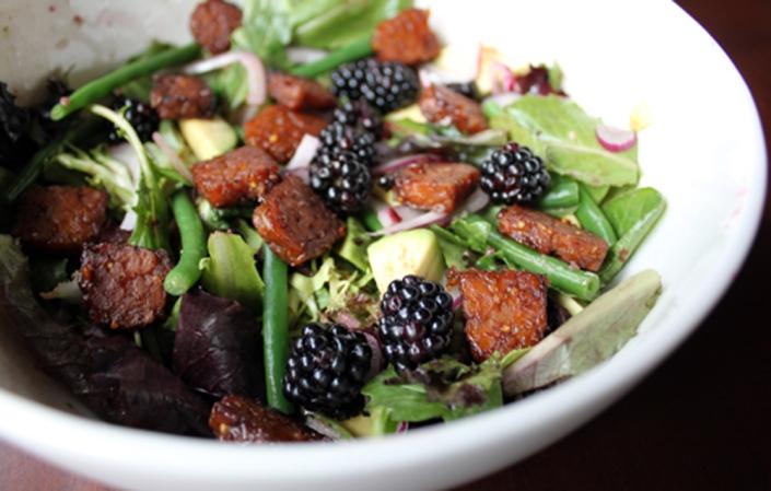 salad-tempeh
